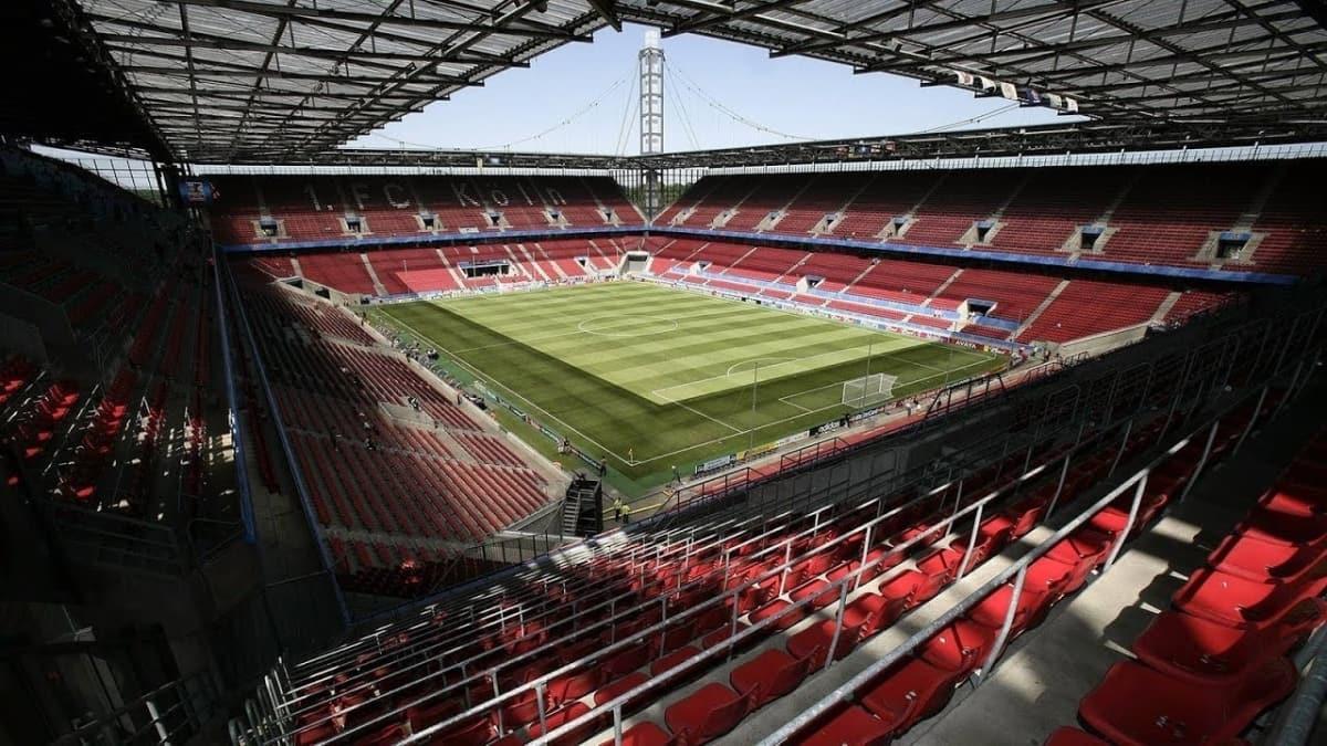Almanya - Türkiye maçını 300 taraftar izleyecek