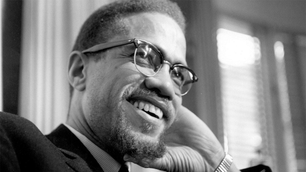"""Malcolm X kimdir, ne zaman öldü"""" İnsan hakları savunucu Malcolm X'in hayatı ve biyografisi!"""