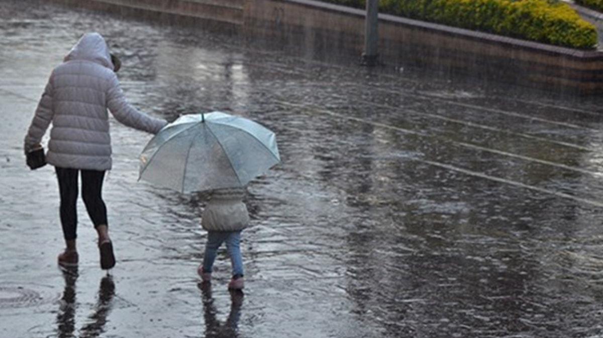 Meteorolojiden Marmara ve Ege için kuvvetli yağış uyarısı