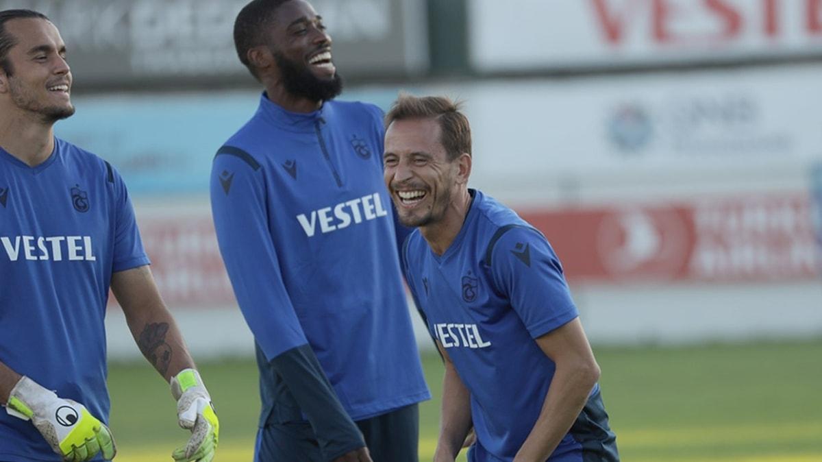 Başakşehir maçı hazırlıklarını sürdüren Trabzonspor taktik çalıştı
