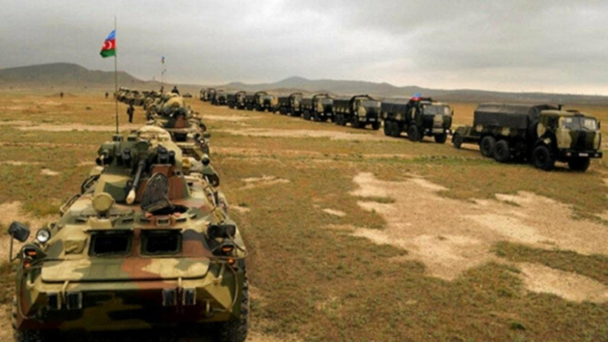 Azerbaycan Savunma Bakanlığı duyurdu: İstikamet Karabağ