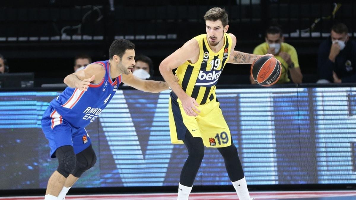 THY Avrupa Ligi'ndeki Türk derbisinde Fenerbahçe Beko, Anadolu Efes'i devirdi
