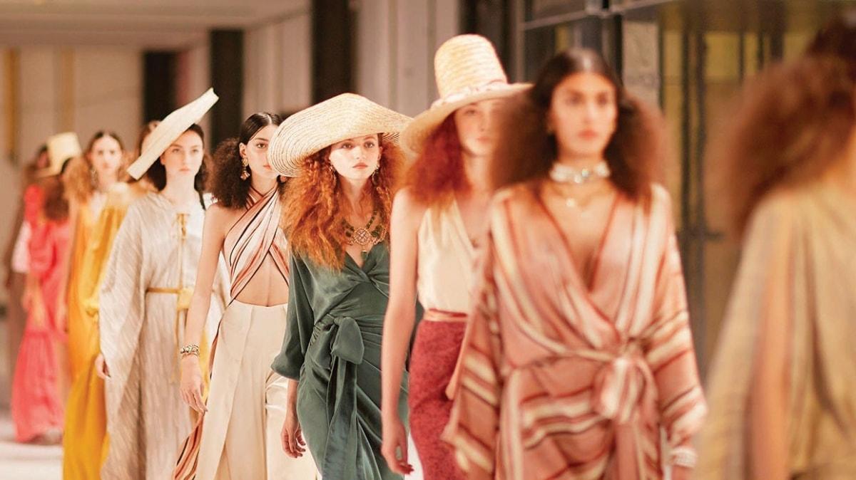 İstanbul'da moda şöleni