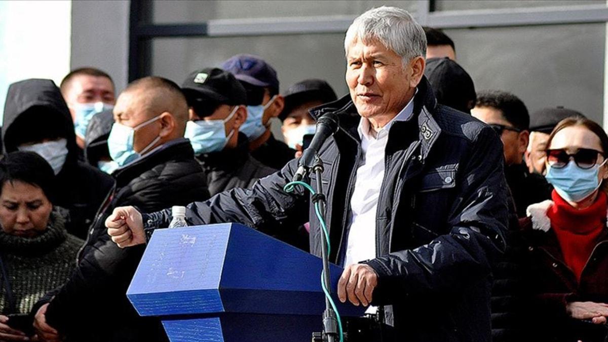 Cezaevinden yeni çıkmıştı... Eski Kırgızıstan Cumhurbaşkanı Atambayev gözaltına alındı