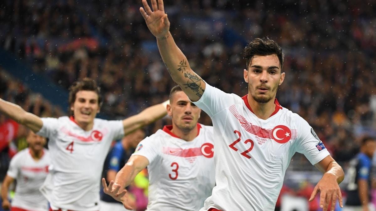 Kaan Ayhan aday, milli takım kadrosundan çıkarıldı