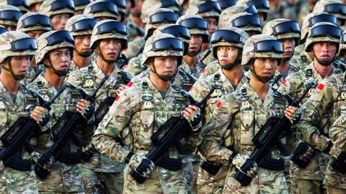 Çin, Hindistan sınırına on binlerce asker konuşlandırdı