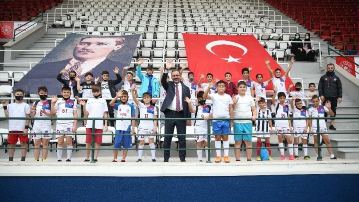 Bakan Kasapoğlu, tesisleri inceledi