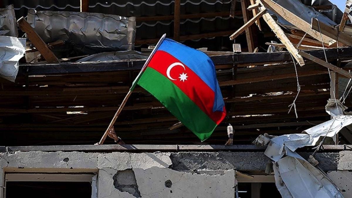 Gence'deki sivilleri hedef alan işgalci Ermenistan'ın 'orta menzili balistik füze Elbrus' kullandığı ortaya çıktı