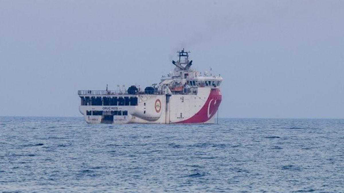 Bakan Dönmez: Gemimiz, Akdeniz'in röntgenini çekmek için demir aldı
