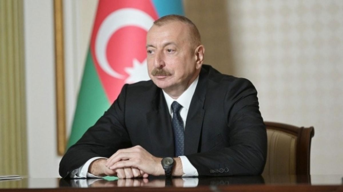 Azerbaycan Cumhurbaşkanı Aliyev'den dünyaya Türkiye mesajı... Galatasaray yönetiminden Fatih Terim'e büyük jest! Ermenistan'a destek veren Kim Kardashian'a büyük tepki! Ve daha fazlası haber turumuzda.