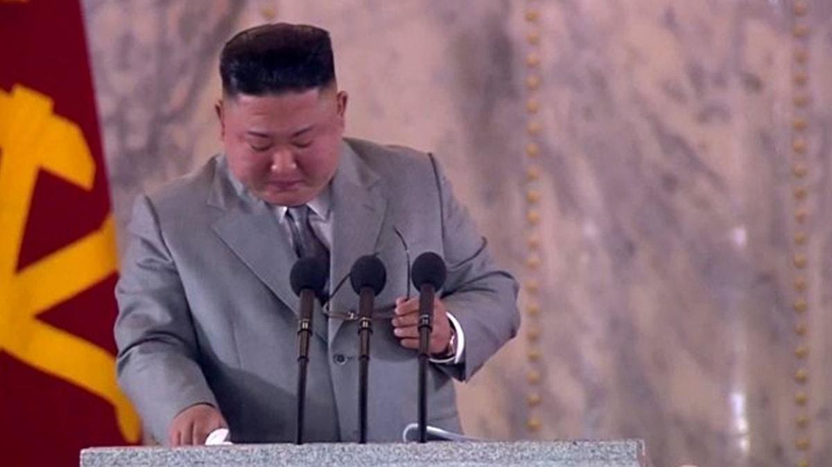 Kim Jong-un'dan şaşırtan konuşma: Gözyaşları içinde özür diledi