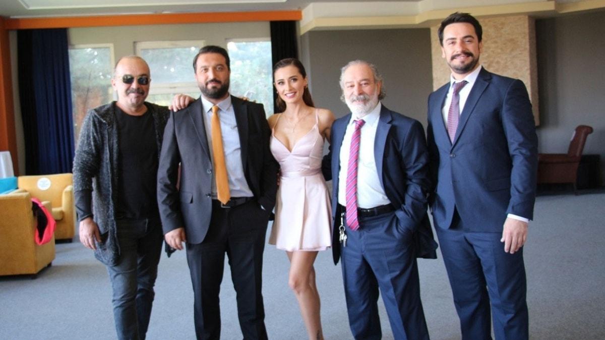 Mümessil filmi oyuncuları Burcu Binici, Ayhan Taş ve Dila Danışman: Çekimlerde kilo aldık