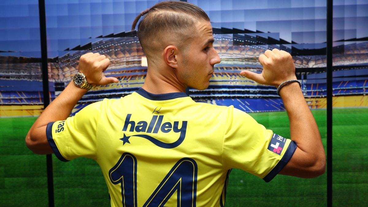Fenerbahçe'nin yeni transferi Pelkas'a özel jet yollandı