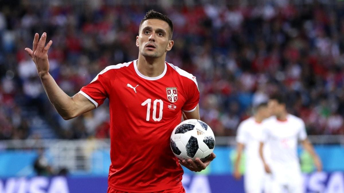 Sırbistan'da Türkiye maçı öncesi 7 isim hocalarından izin alıp takımdan ayrıldı