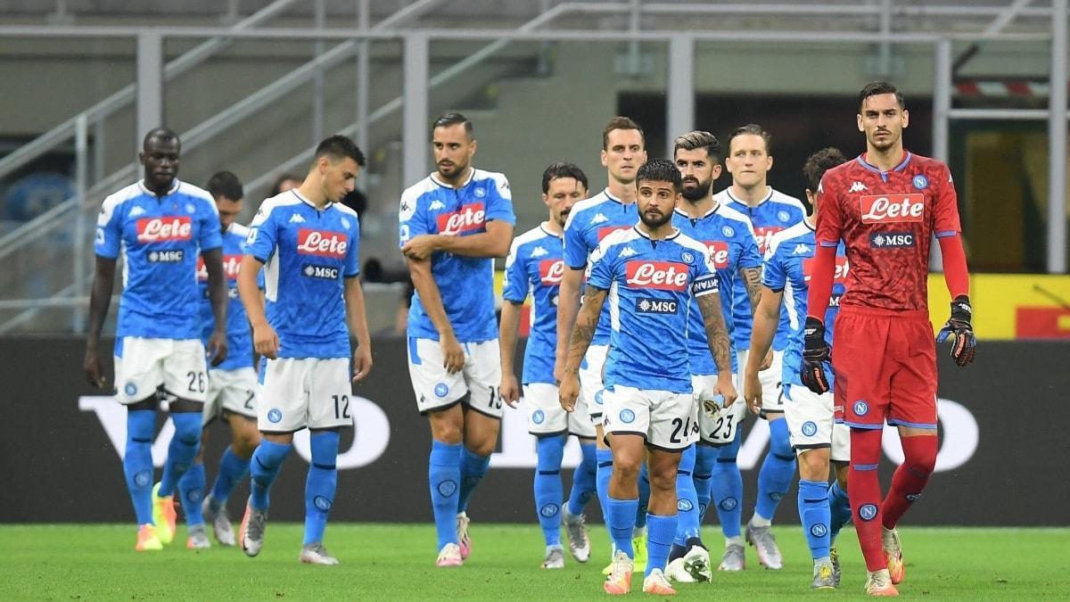 Maça çıkmayan Napoli, 3-0 hükmen mağlup sayıldı