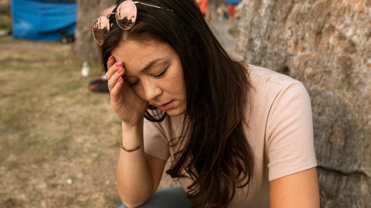 """Tümörün ilk belirtisi: Baş ağrısı! Hangi ağrılar tümör anlamına gelir"""""""