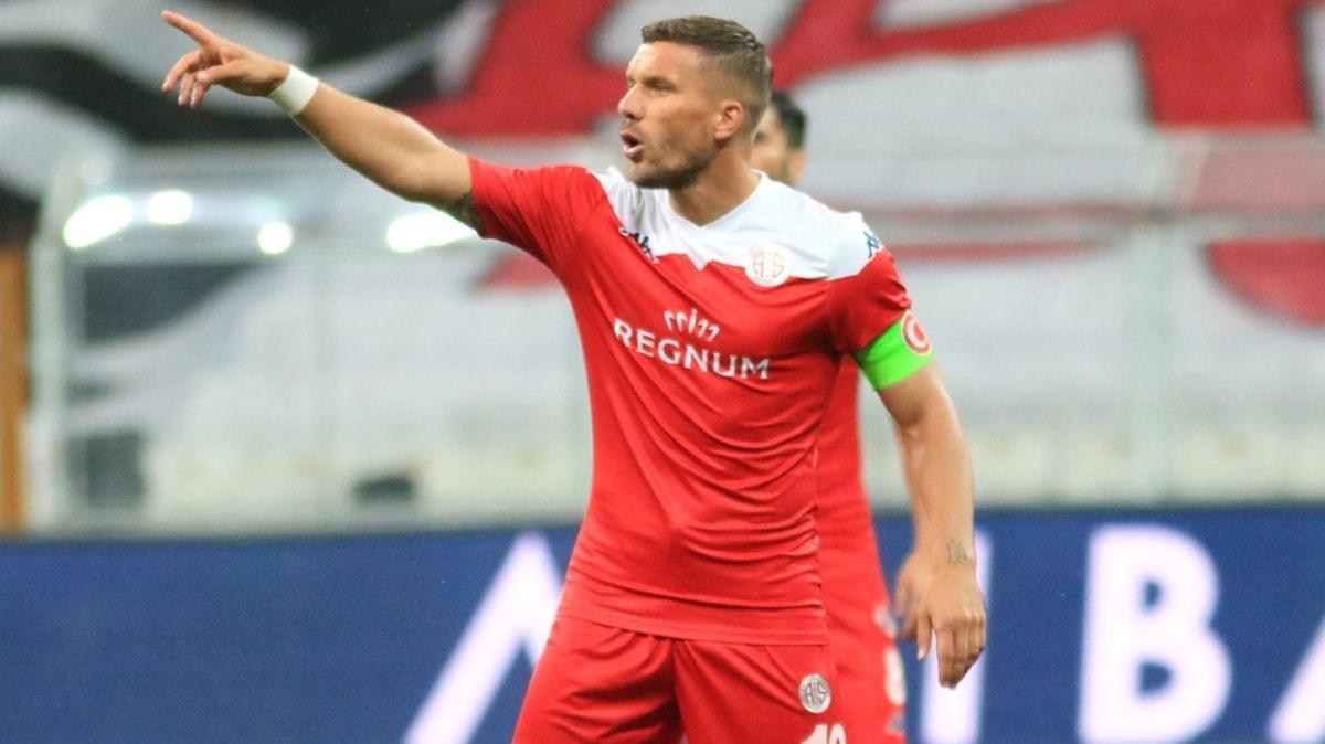 Antalyaspor'da Podolski sevinci