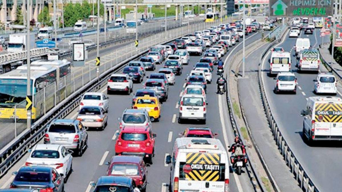 İstanbul'da trafik tekrar pandemi öncesine döndü