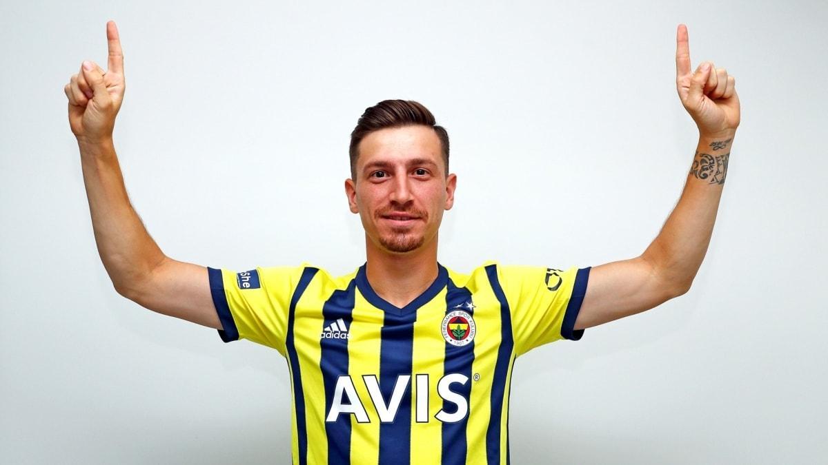Mert Hakan Yandaş: İyi ki Fenerbahçe'deyim