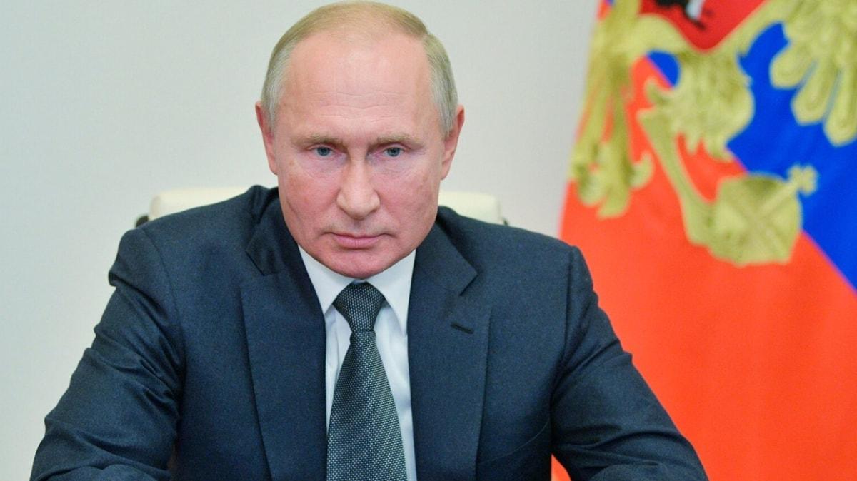 Putin: Rusya'nın ikinci koronavirüs aşısı tescillendi