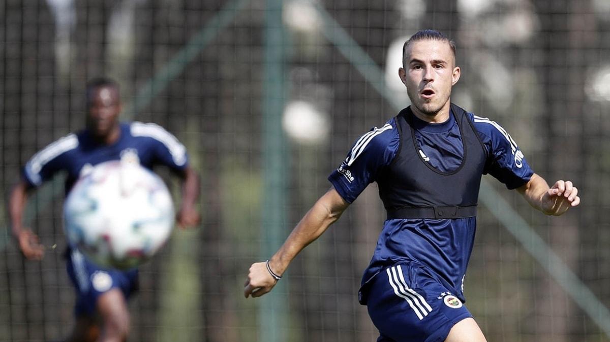 Fenerbahçe'nin yeni transferi Dimitris Pelkas takımla çalıştı