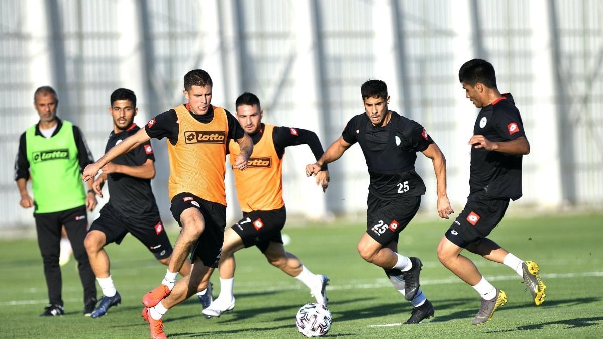 Konyaspor Yeni Malatyaspor'a bileniyor