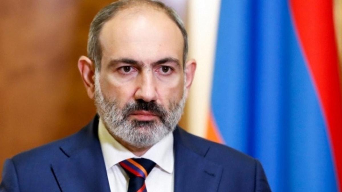 """Türkiye'nin Roma Büyükelçisi Esenli'den Paşinyan'ın iddialarına yanıt: Ülkesini bir """"kurban"""" olarak sunuyor"""