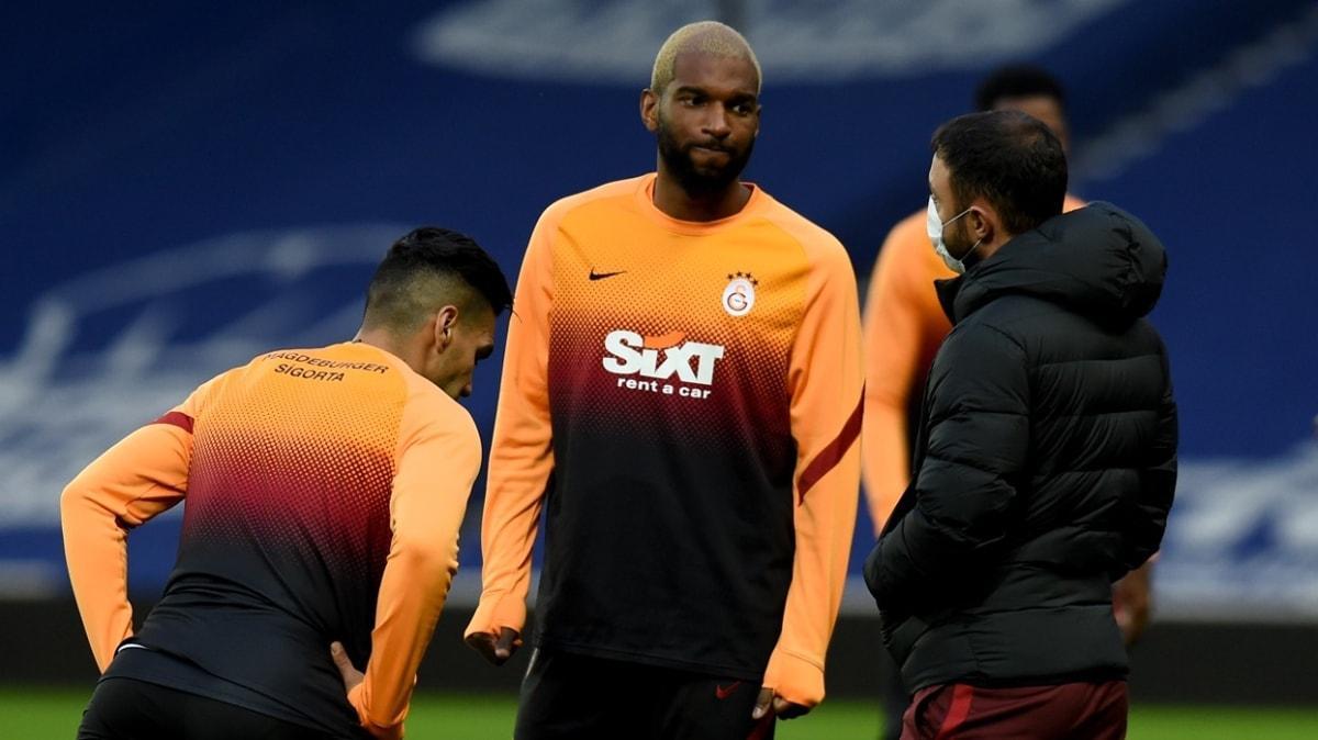 Galatasaray, Ryan Babel için devre arasında gelecek teklifleri değerlendirme kararı aldı