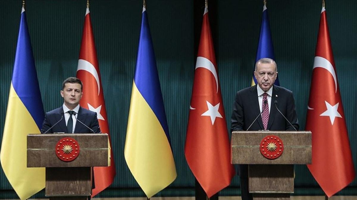 Başkan Erdoğan ile Ukrayna Devlet Başkanı Zelenskiy ortak basın toplantısı düzenledi