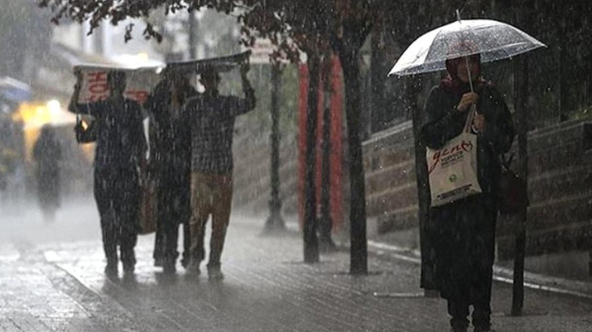 Meteoroloji uyardı: Gece saatlerinden itibaren şiddetli yağmur geliyor