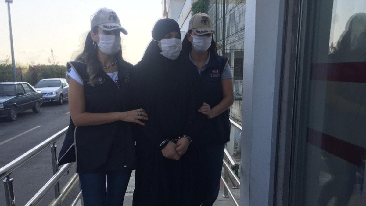 Adana'da yakalanan DEAŞ'lı teröristin saklandığı hücre evi görüntülendi