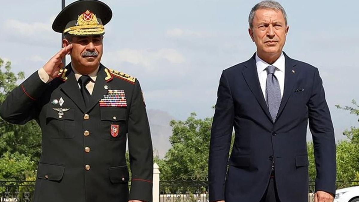 Bakan Akar, Azerbaycanlı mevkidaşı Hasanov'la görüştü