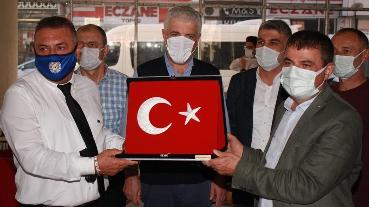 Hasan Kartal ve Rizesporlu taraftarlardan kan bağışı kampanyasına destek