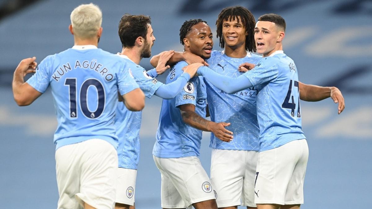 Manchester City, Arsenal'i Sterling ile devirdi