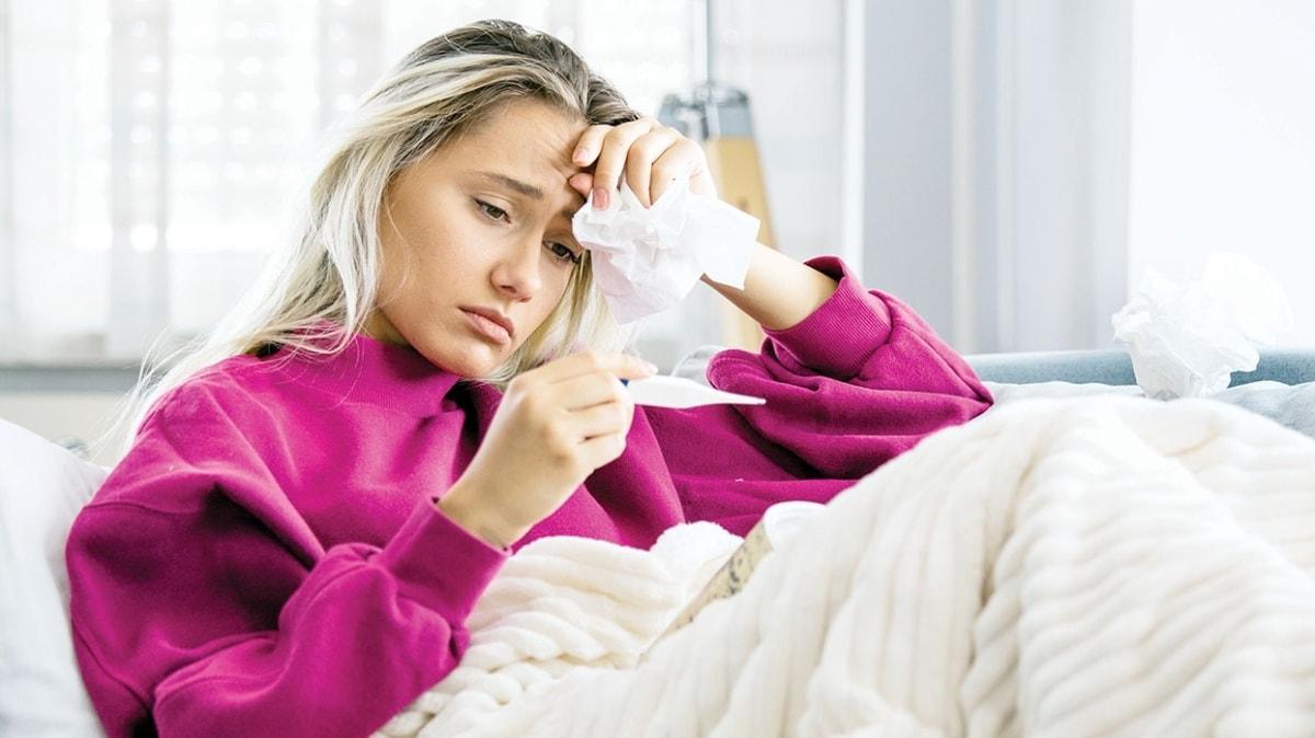 Belirtileri aynı olan iki hastalığı karıştırmayın! Koronavirüs yaşlıları grip çocukları vuruyor