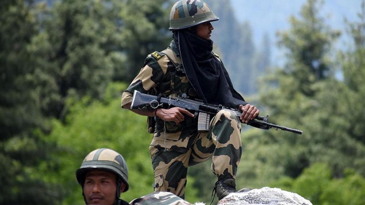 Bölgede tansiyon yükseliyor: Hindistan, Çin askerini alıkoydu