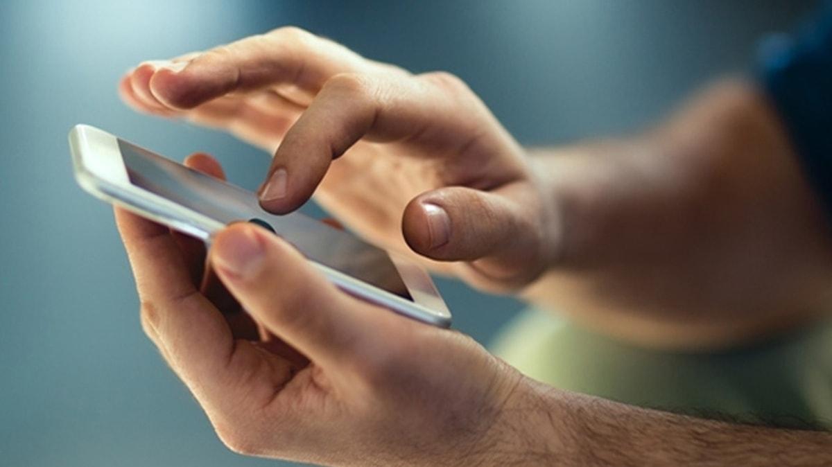 Uzmanından cep telefonu uyarısı: Kaçak yollarla ülkemize giren telefonlar   klonlanıyor