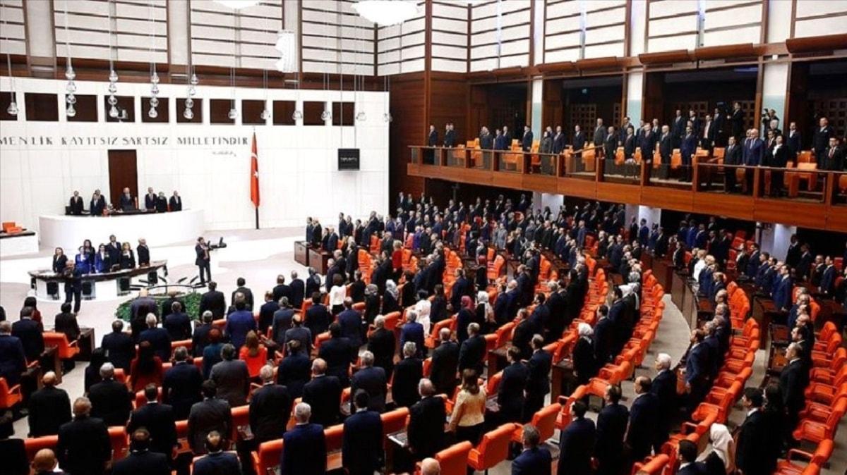 """Bakan Gül'den """"Yargı Reformu"""" değerlendirmesi: Ana hedefimiz nitelikli insan gücünü artırmaktır"""