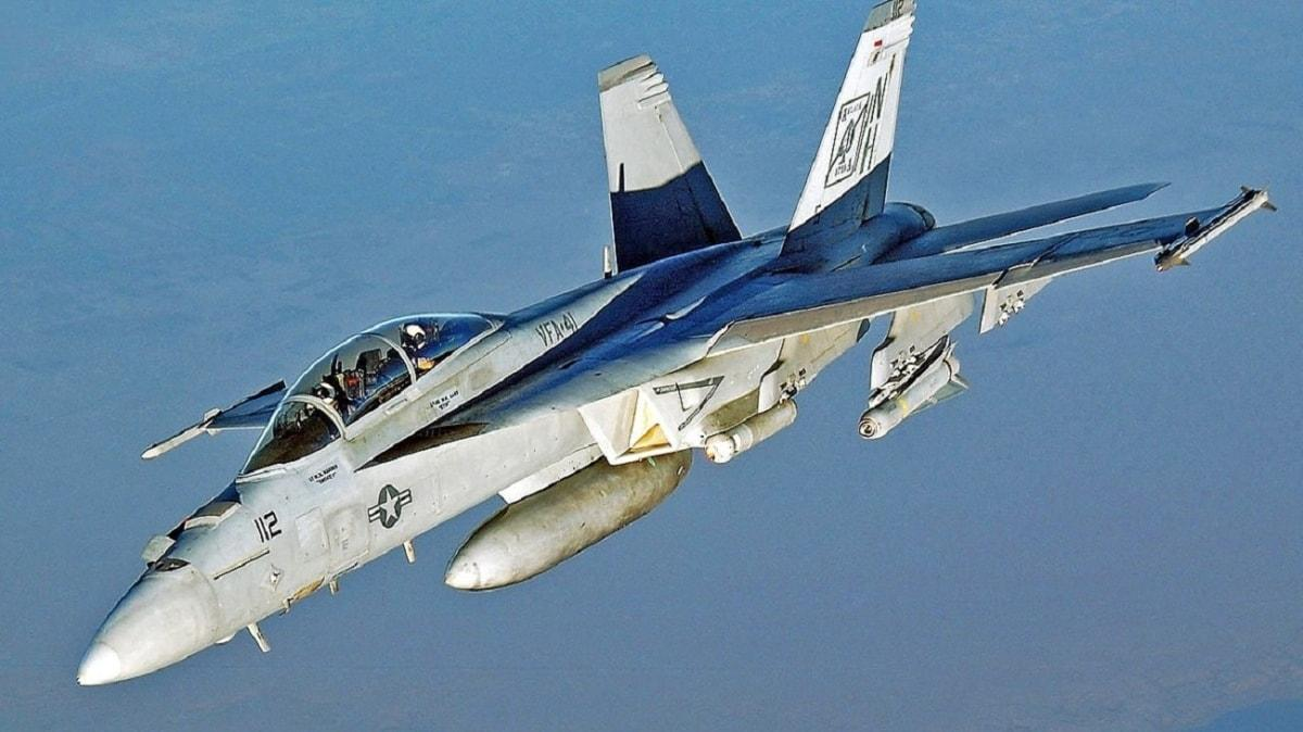 ABD ordusuna ait savaş uçağı düştü