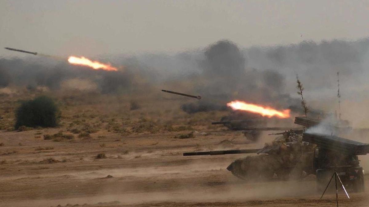 İran geniş kapsamlı hava savunma tatbikatına başladı