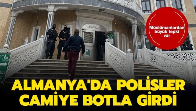 Almanya'da polisler camiye botla girdi... Müslümanlardan büyük tepki var