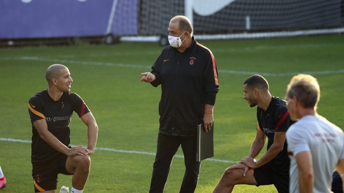 Galatasaray'da teknik heyet ve futbolcular Cengiz'e tepkili