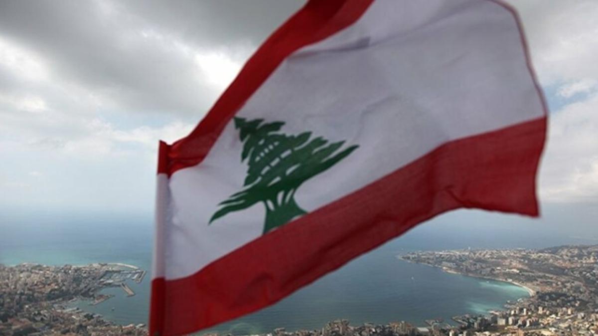 Lübnan'da yeni hükümeti kurması için Saad Hariri görevlendirildi
