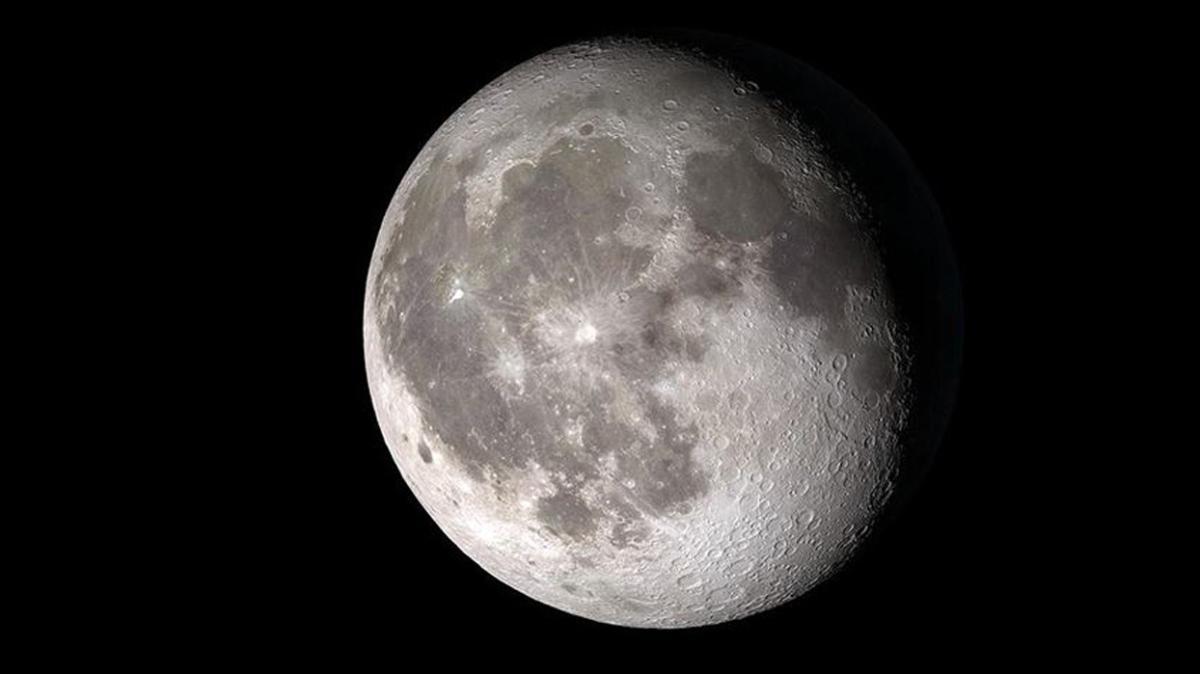 NASA, Ay hakkında yeni bir keşif açıklayacak