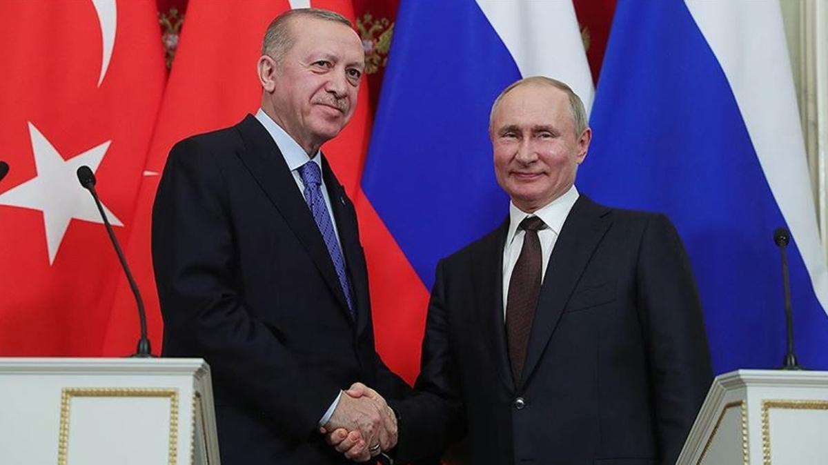 Rusya Devlet Başkanı Putin'den Başkan Erdoğan'a övgü: Baskılara rağmen bağımsız dış politika izliyor