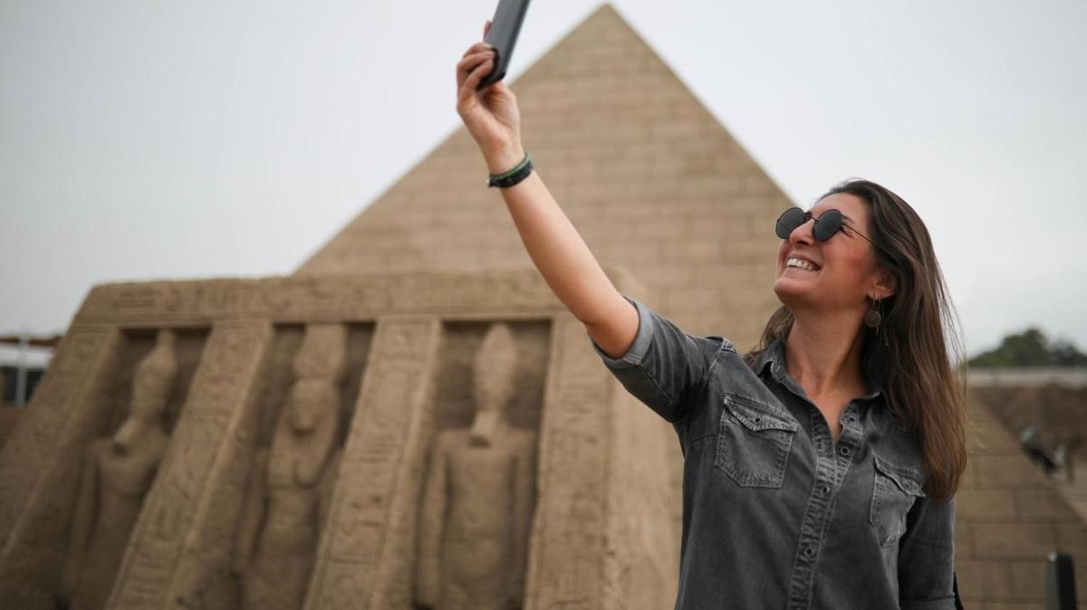 5 yıl önce bir ton kumla yapıldı: Antalya'daki piramit Guinness'e aday
