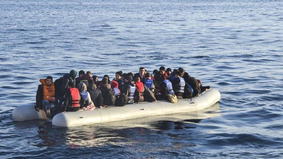 Alman basını, Frontex ve Yunanistan'ın mültecilere yönelik yasa dışı uygulamalarını yazdı