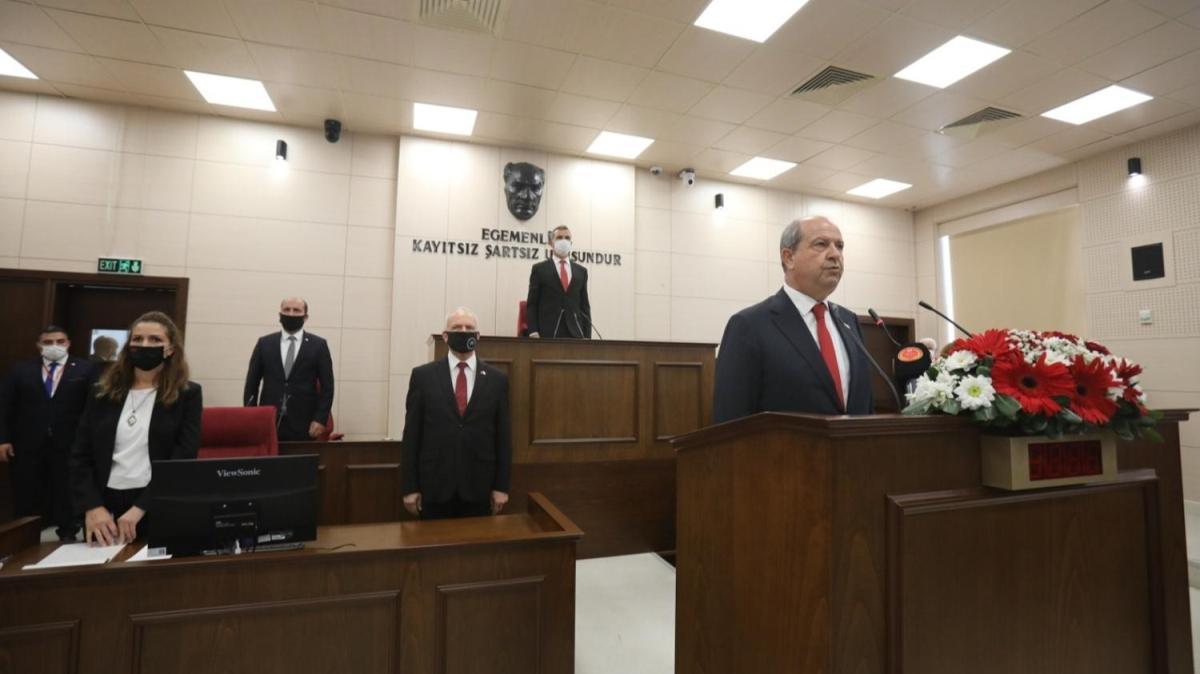 KKTC'nin 5. Cumhurbaşkanı seçilen Ersin Tatar yemin ederek  göreve başladı
