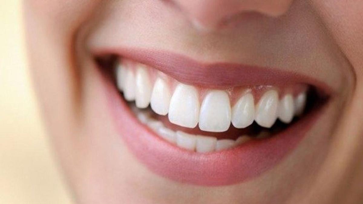 """Rüyada dişin kırılması ya da diş çıkmasının yorumu! Rüyada diş görmek nedir"""""""