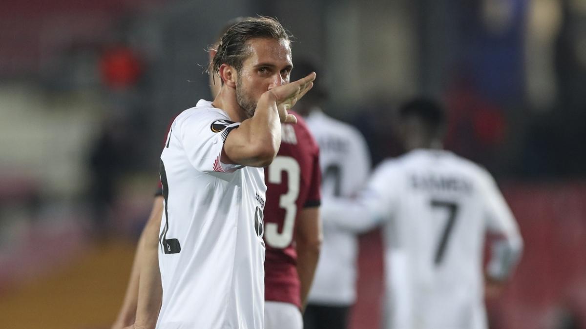 Yusuf Yazıcı UEFA Avrupa Ligi'nde haftanın 11'inde